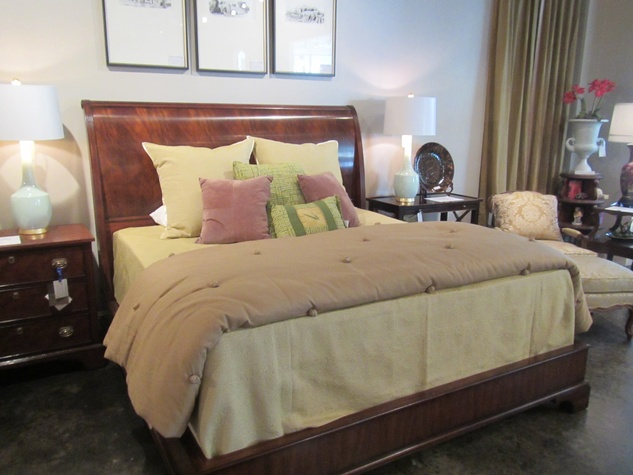 News, Shelby, Houston Design Center Sample Sale, August 2014, Henredon bed