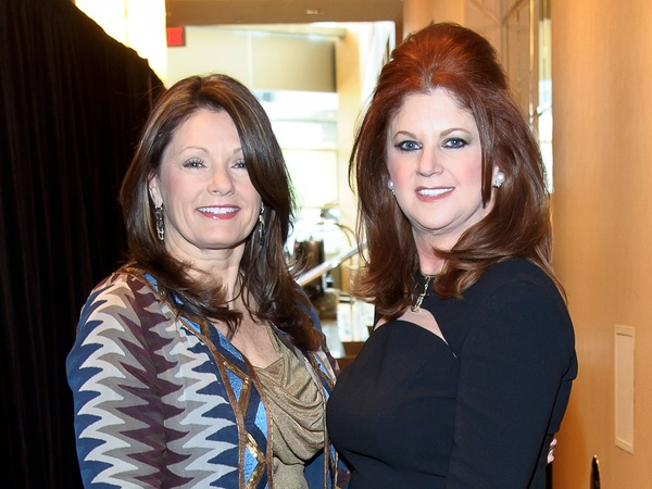 News_Trailblazers luncheon_February 2012_Debbie Allen_Laura Kent