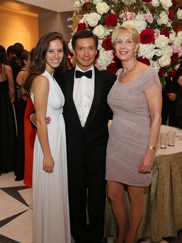 12 Houston Wine & Roses Gala May 2013 Monica Bueso, Dr. Gerardo Bueso and Loretta Bueso