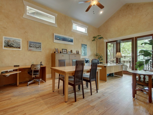 Austin home for sale 607 East 49th Hyde Park home office