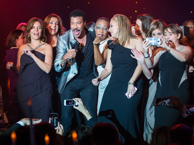 News, Shelby, Houston Children's Charity, Lionel Ritchie, Nov. 2014