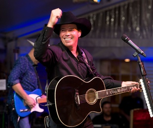 Clay Walker performing at UTHealthLIVE! April 2015