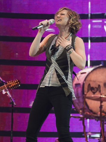 News_Jennifer Nettles_Sugarland_RodeoHouston_March 2011