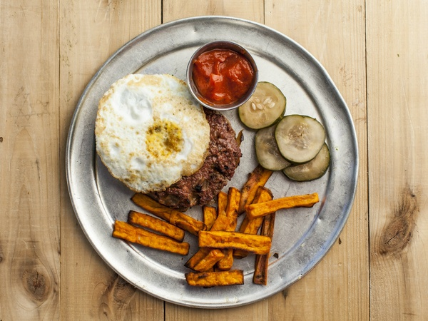 Where busy Dallasites go for no-hassle healthy meals that