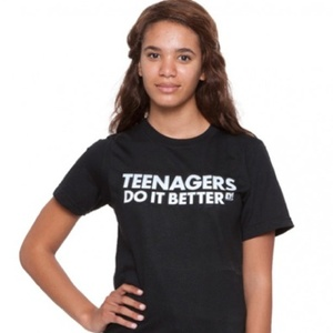 American Apparel T Shirt Controversy Gets Retailer In Hot