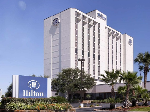 hurricane iconic hotel catches fire near nasa forcing. Black Bedroom Furniture Sets. Home Design Ideas