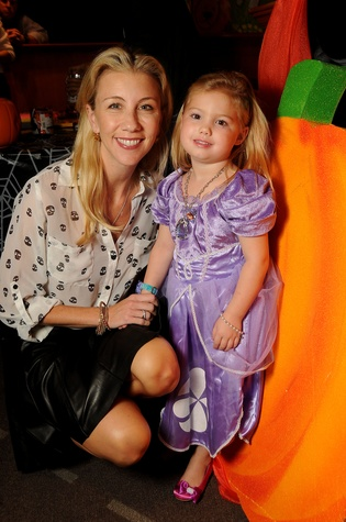 4 Cathy Herr with Lauren at the M.D. Anderson Kids Halloween October 2014