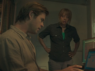 Chris Hemsworth and Viola Davis in Blackhat