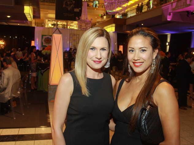115 Alison Echiverri, left, and Daphne Barrica at the Houston Ballet/Carnan Properties party.