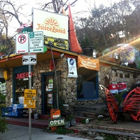 Juiceland exterior on Barton Springs