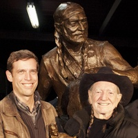 Austin Photo Set: News_Kevin_Willie Nelson Statue_Nov 2011_7