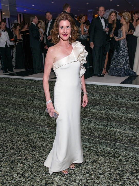 News, Shelby, MFAH gala gowns, Oct. 2015 Phoebe Tudor in Marchesa
