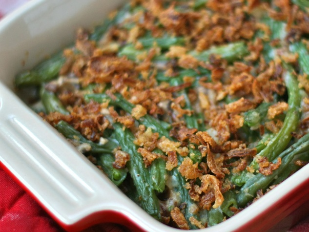 Thanksgiving green bean casserole with french fried onions