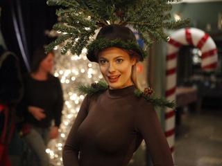 "Austin Photo Set: News_Minh Vu_Community Interview: ""Regional Holiday Music""_Dec 2011_Gillian Jacobs"