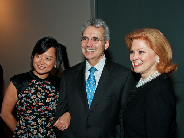 Medical Bridges gala, October 2012, Dr. Linda Chin, Dr. Ron DePinho, Jan Duncan