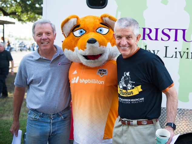 Christus Nun Run President of the board Les Cave, Dynamo's Diesel, Mattress Mack