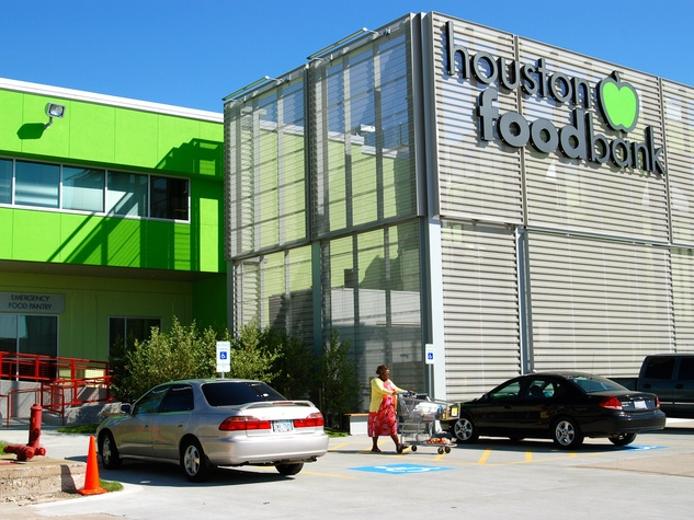News_Houston Food Bank_new facility