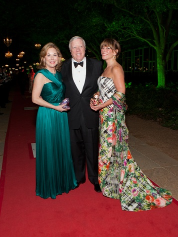 23 Nancy and Rich Kinder, from left, with Franci Crane at Gala on the Green February 2014