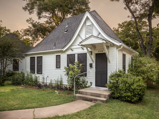 Historic Hyde Park Homes Tour 2015 Calcasieu Lumber Company cottage house