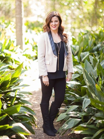 Elaine Turner of Elaine Turner Designs on Forbes' Tastemakers Top 40 list