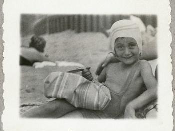 Dallas Holocaust Museum Presents Anne Frank A Private