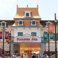 News_Galveston Pleasure Pier_Entrance_May 2012