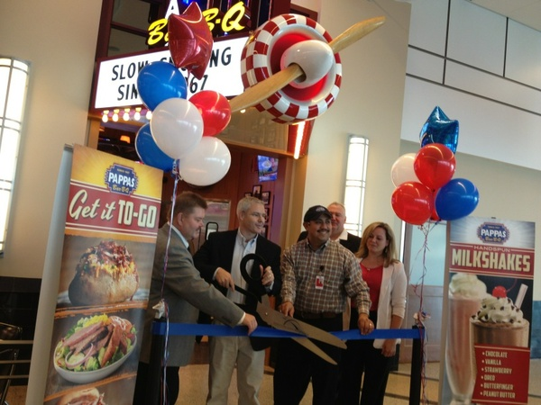 Pappas Bar-B-Q_Hobby airport_ribbon cutting