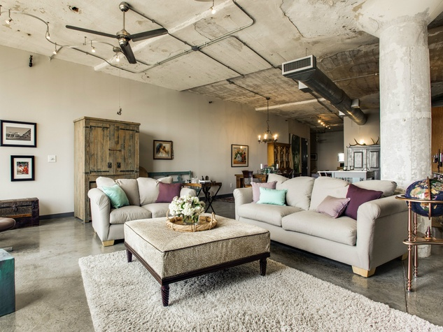 Living Room At 1122 Jackson St In Dallas