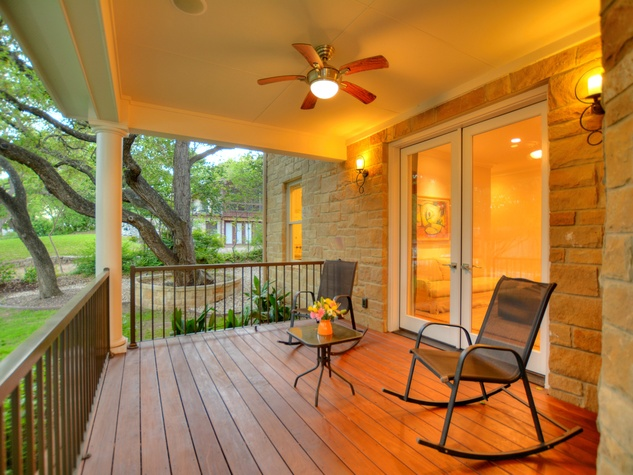 400 Almarian Austin house for sale porch