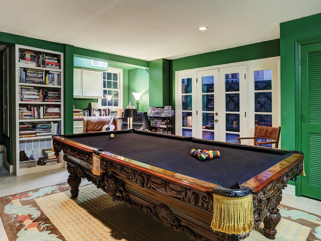 On The Market 1547 Kirby November 2014 pool table