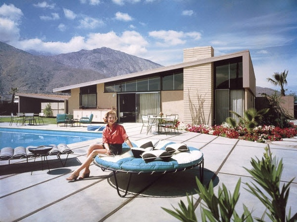 The best home month of the year modern mod fever takes for Mid century modern architects houston
