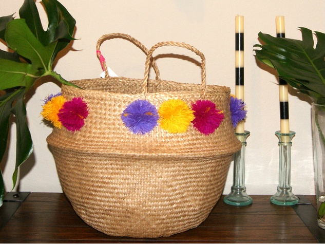 natural lifestyle pompom basket