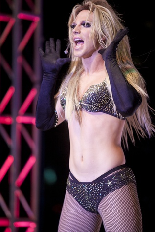 Derrick Barry (as Britney Spears)