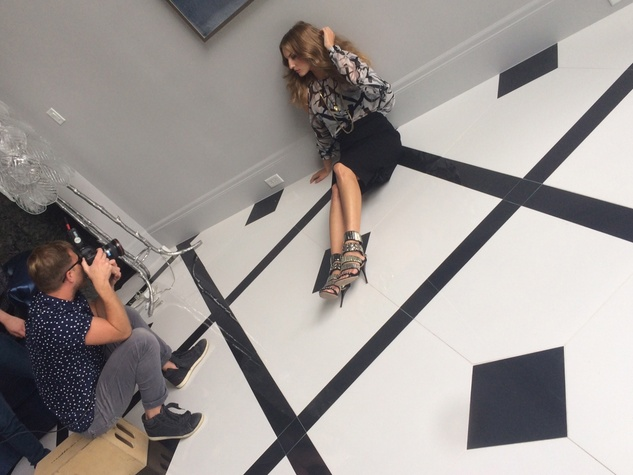 Cody Bess photographing model Nicole Kaspar for Theresa Roemer clothing line