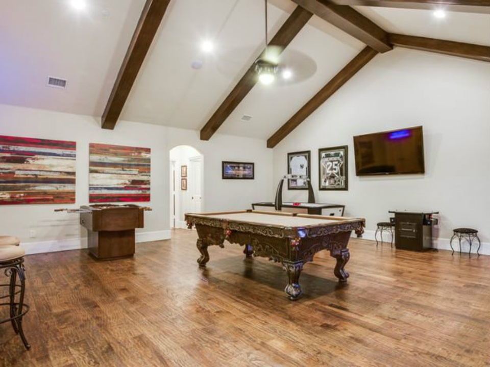 Game room at 4612 Isabella in Dallas