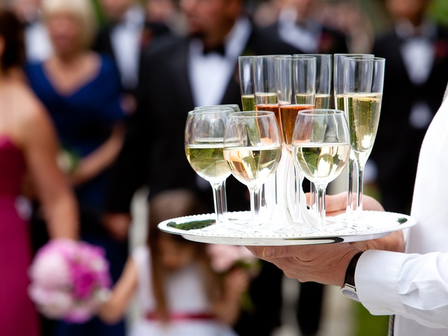 Catering trends to help you plan your wedding day celebration ...