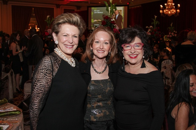 2 Barbara Hurwitz, from left, Carol Sawyer and Roz Pactor at Houston Treasures dinner December 2013