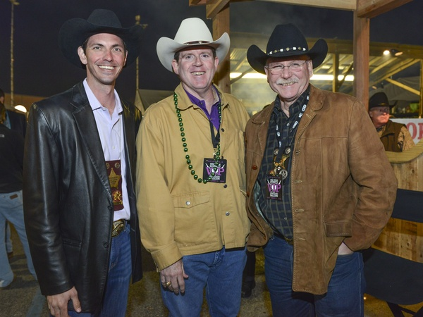 World barbecue cook-off rocks the Rodeo, bringing out stars, NFL coach ...