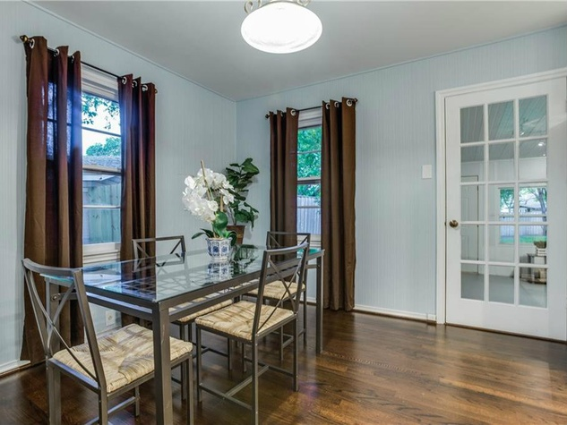 Dining room at 11207 Sinclair Ave in Dallas