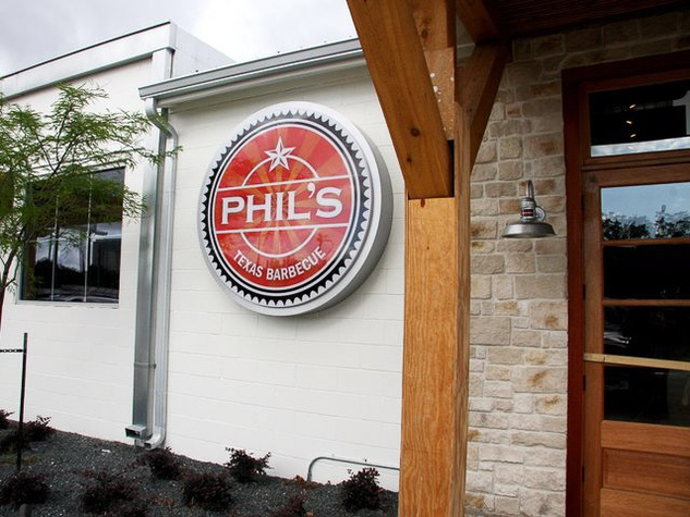 News_Phil's_barbecue