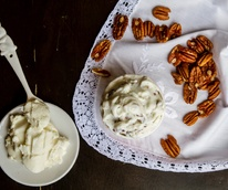 Dolce Neve goat milk ricotta and pecan gelato