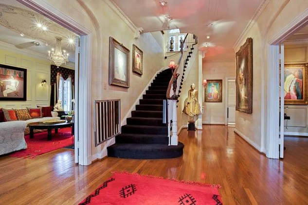 Foyer of 4420 Rawlins Ave. in Dallas