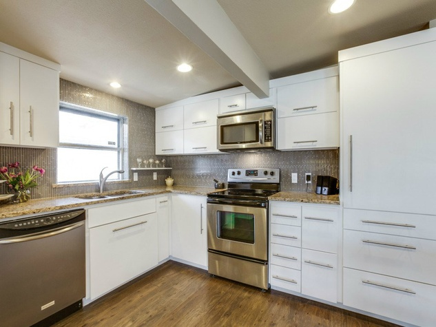 Dallas, home for sale, 936 peavy road, kitchen