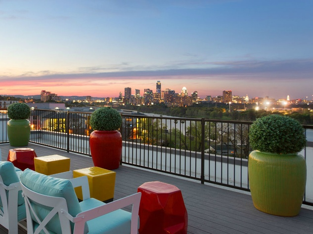 South Shore District Austin apartment rent patio downtown skyline Riverside