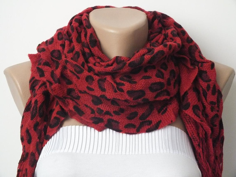 Cocoshwoman animal print scarf