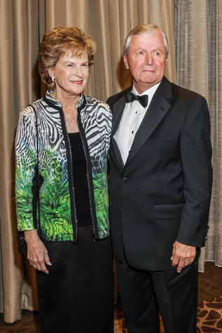 3 Dr. Diane Williams and Stanley Williams at the  Houston Baptist University Lou Holtz dinner November 2014