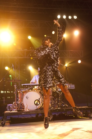 Austin Photo Set: News_dan_fff_santigold_nov 2012_1