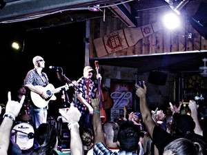 Corey Smith Band at Hank's Texas Grill