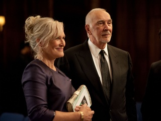 Glenn Close and Frank Langella in 5 to 7