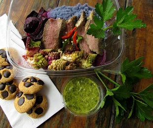 Picnik Austin food trailer seasonal paleo gluten free meals cookies